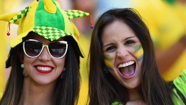 Yeahhh sewe-sewe…. #BRA vs #COL #WorldCup http:/…