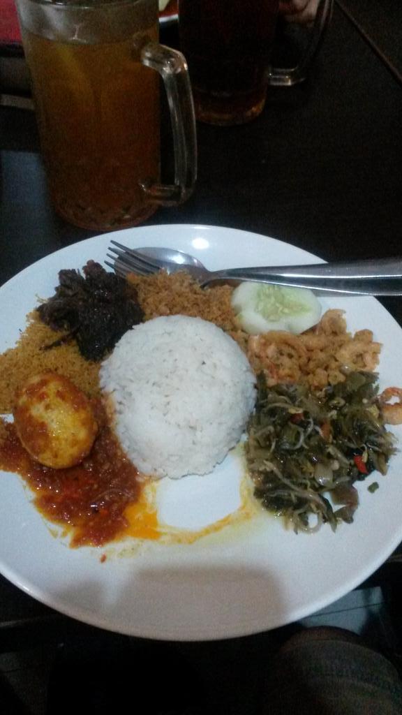 Nasi udang spesial bu Rudy, kuliner Surabaya #mudi…