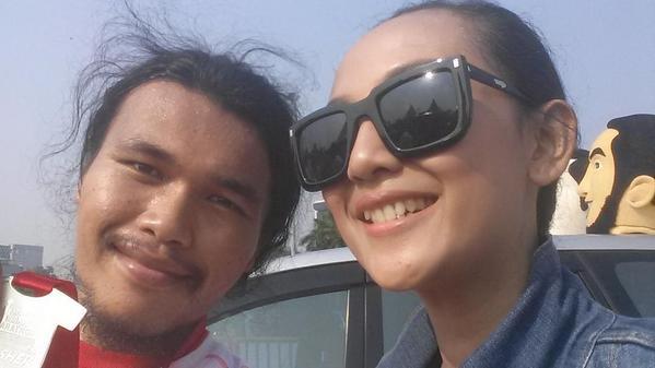 Salam selfie sama petugasnya wkwkwk #IndikaFMmarat…