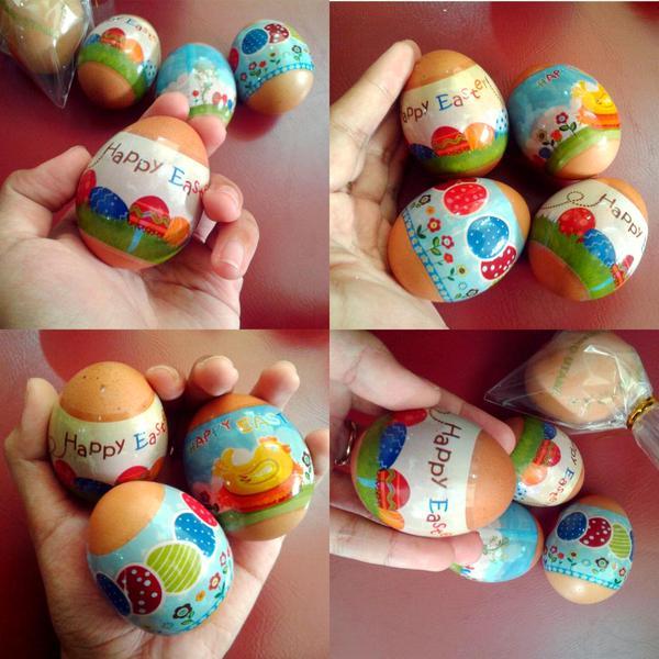 Happy Easter!!! Pinjam gambar telor orang #random…