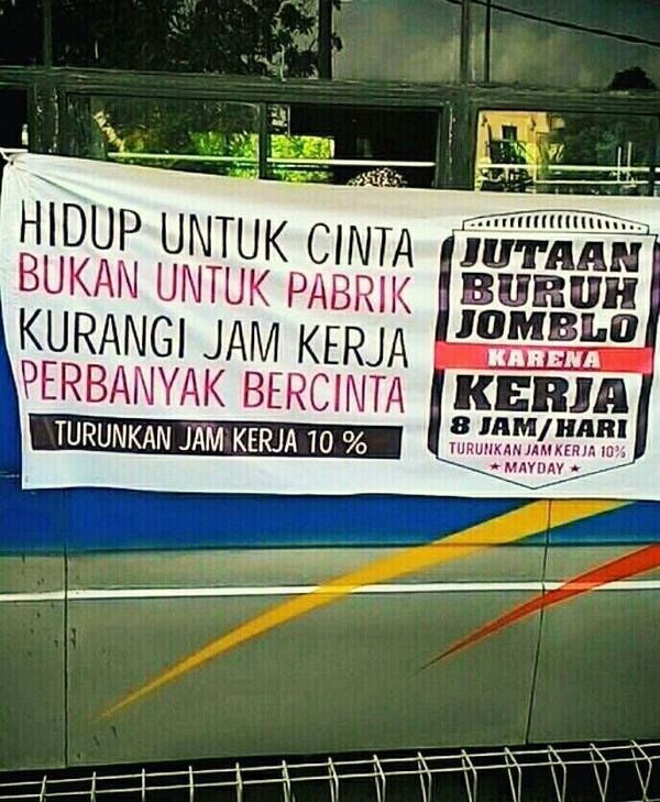 Hahaha kocak juga ni spanduk #quoteoftheday #mayda…