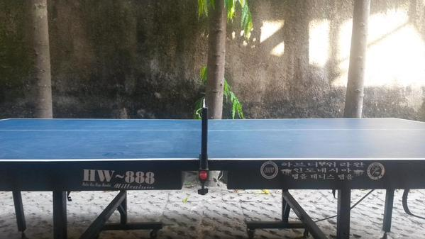 Playing the game, table tennis. Mengisi liburan pa…