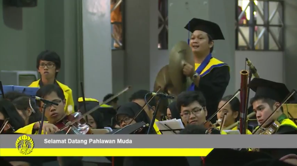 Proud to be alumni #wisudaUI http://t.co/kEZ4eptwB…