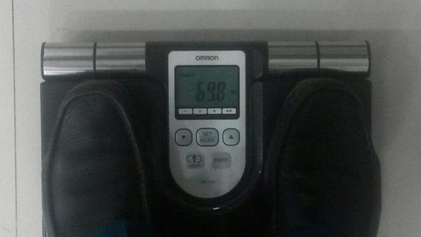 Gawat…. BB hampir menyentuh 70 kg. #random https…